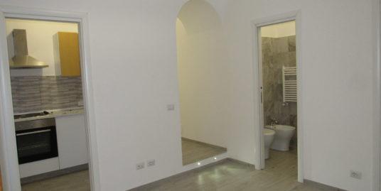 Certosa mini appartamento balconato ristrutturato